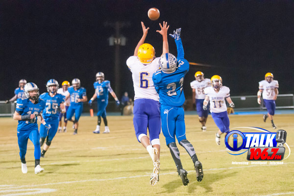 Blue Ridge Receiver Corey Endfield goes up for a catch in the 2017 game against Snowflake. Snowflake won 28-0. Photo taken 10-27-17 by iTalk photographer: Blake Murchison
