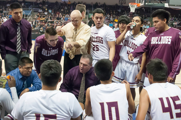 Winslow Bulldogs Head Coach Scott Corum Talks to His Team During The 2018 3A State Quarterfinals at the Prescott Valley Event Center