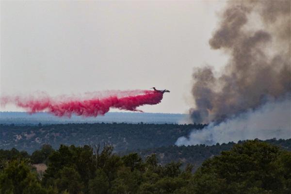Wyrick Fire North of Heber-Overgaard - Photo Credit - Arthur Gonzales